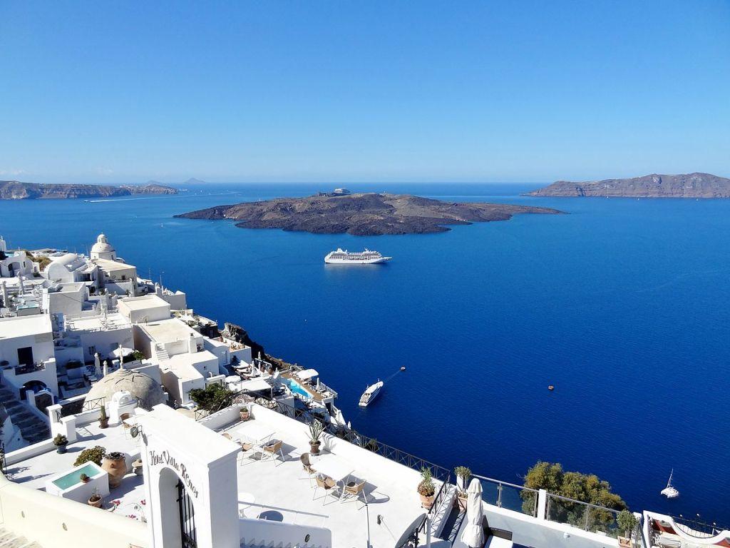 Řecko loni navštívil rekordní počet turistů